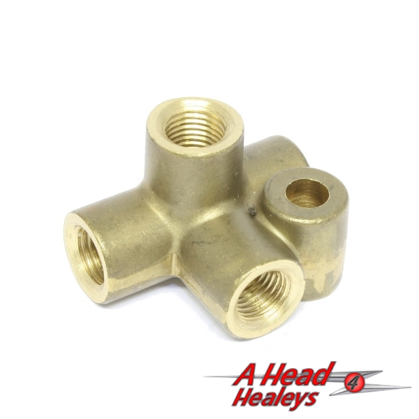 BRASS CONNECTOR -  4 WAY